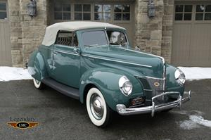 Photo of 1940 Deluxe Convertible