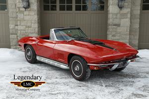 Photo of '67 Corvette Roadster